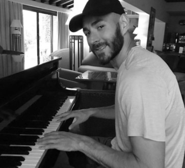 karim piano.jpg